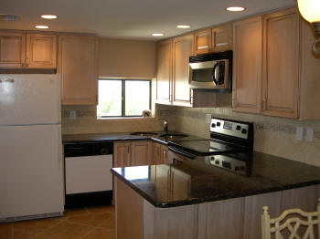 Bay Oaks Condo Kitchen